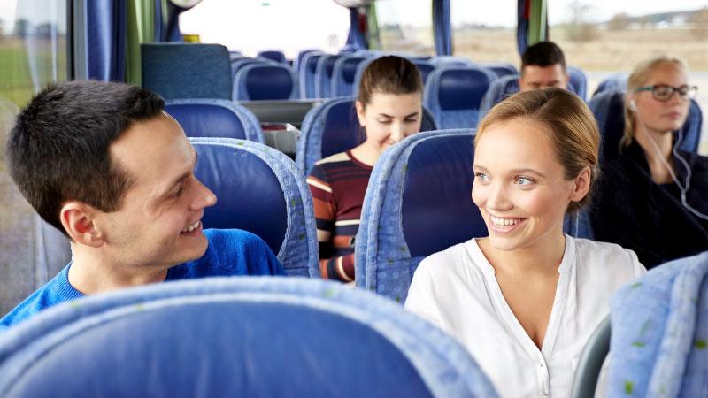 Hyra buss med chaufför